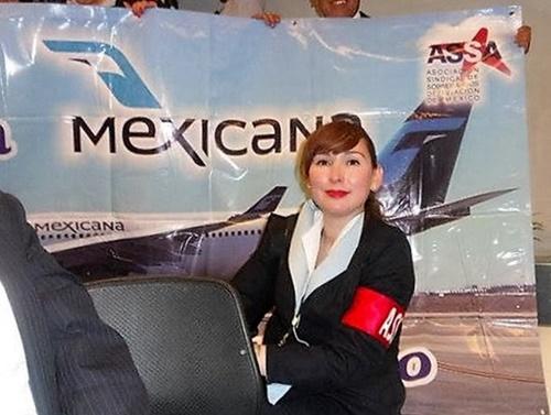 ximena-garmendia-protesta-quiebra-mexicana-aviacion-foto-alberto-buitre